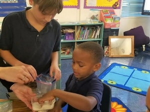 Rougon Elementary Students Enjoy a Science Experiment